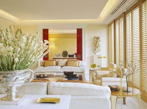 Поэтому итальянский стиль в интерьере предполагает наличие достаточного количества удобных мест.