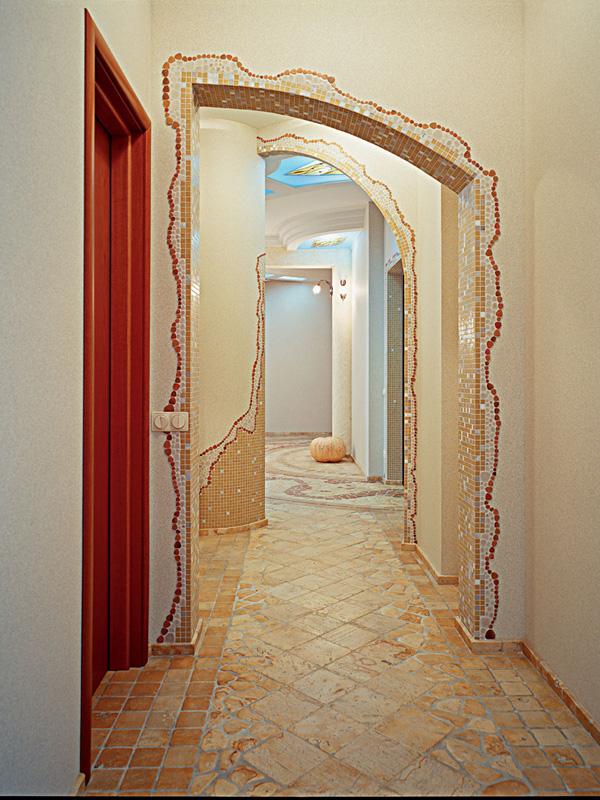 Оформление арки в коридоре